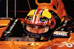 Enrique Bernoldi in the garage