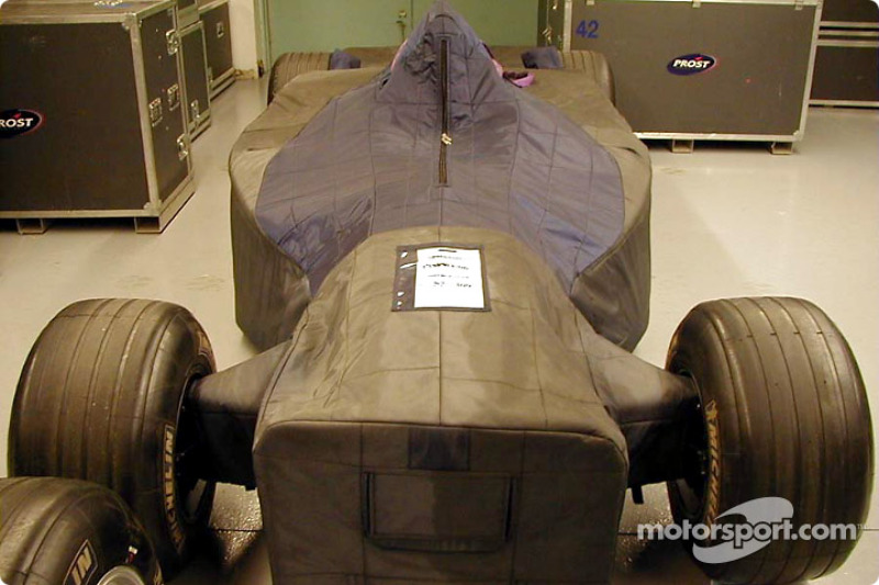 Not your usual car cover: Prost car
