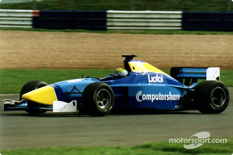 2000/2001 - F3000