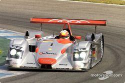 Tom Kristensen in de Infineon Audi R8 #1