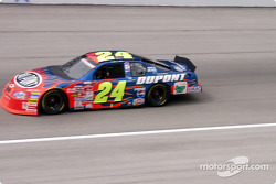 #24 Jeff Gordon at speed
