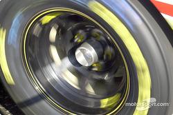 Wheel spinning