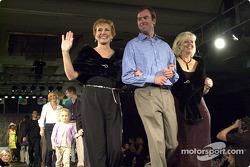 Buzz Calkins avec Gloria Cahill et Diane Horvath