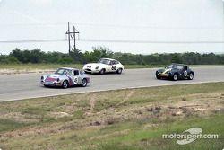 Une Porsche, une Jaguar et une TVR à la bagarre