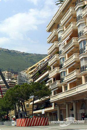 Monte-Carlo : immeubles sur le circuit