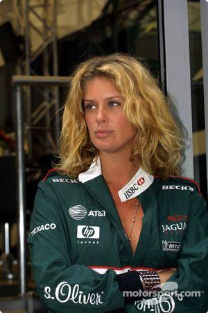 Invité spécial de Jaguar à Monaco : l'actrice et top model Rachel Hunter