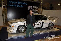Vendredi, 65e anniversaire de Franck Stella : Frank Stella avec la BMW 3,0 CSL