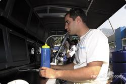 Juan Pablo Montoya antes de la carrera