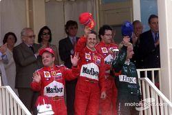 Le podium : Rubens Barrichello, Michael Schumacher et Eddie Irvine