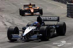 Fernando Alonso, Minardi PS01; Enrique Bernoldi, Arrows A22