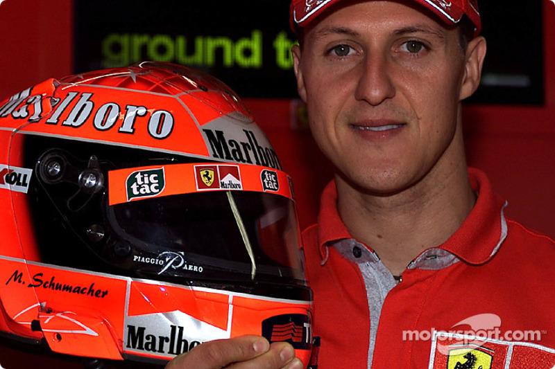 17 Şubat 2001: Schumacher kask tedarikçisini değiştirdi, olanlar oldu