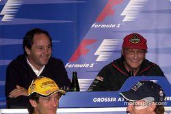 basın toplantısı: Gerhard Berger, Niki Lauda having fun, back, Jarno Trulli ve Jenson Button