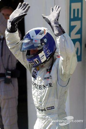 David Coulthard celebrando