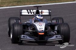 Mika Häkkinen, McLaren MP4-16