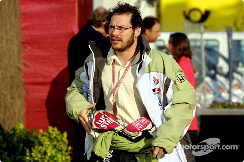 Jacques Villeneuve en el paddock