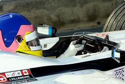 Jacques Villeneuve en los pits