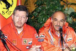 Conferencia de prensa de Shell