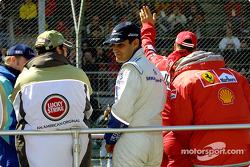 Desfile de pilotos: Jacques Villeneuve y Juan Pablo Montoya