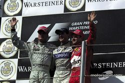 Le podium : David Coulthard, Ralf Schumacher et Rubens Barrichello