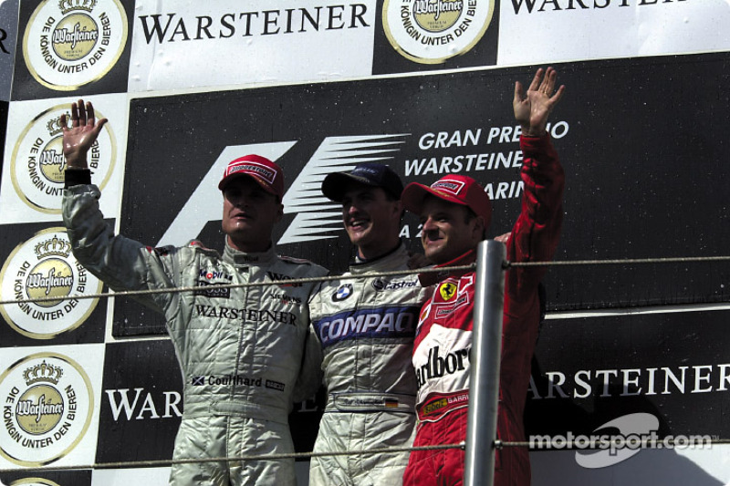 El podio: David Coulthard, Ralf Schumacher y Rubens Barrichello