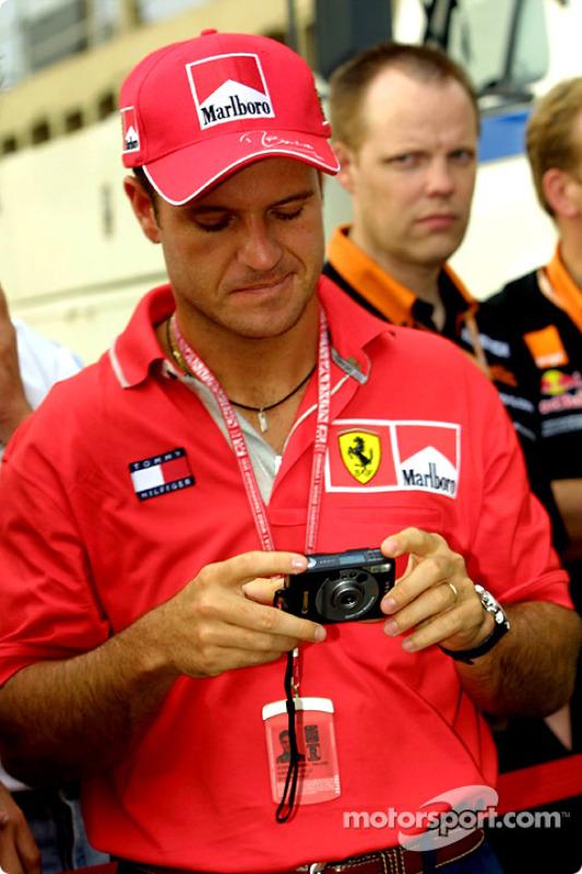 Rubens getting photography tips