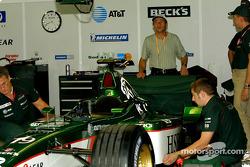 Roberto Moreno visiting Jaguar