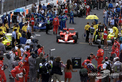 Rubens Barrichello on the grid with the spare car