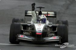 Victoire pour David Coulthard