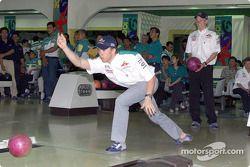 Tournoi de bowling Sauber Petronas : Nick Heidfeld
