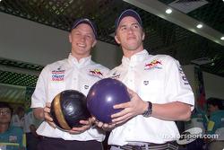 Torneo de boliche Sauber Petronas: Kimi Raikkonen y Nick Heidfeld