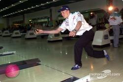 Torneo de boliche Sauber Petronas: Kimi Raikkonen