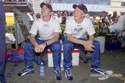 Команда Sauber Petronas в Джохор-Бару: Кими Райкконен и Ник Хайдфельд