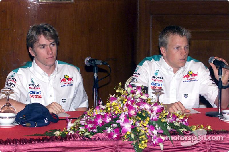 Sauber Petronas team in Johor Bahru: Nick Heidfeld and Kimi Raikkonen