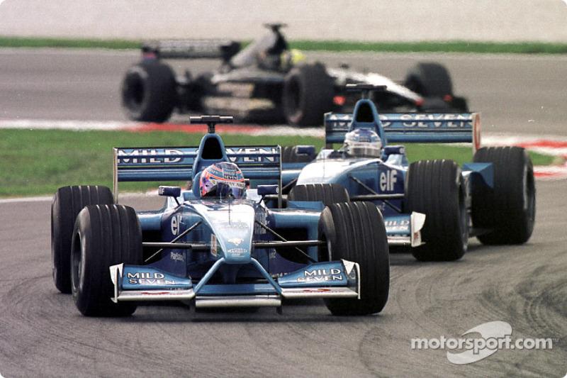 Button y Fisichella en el GP de Malasia