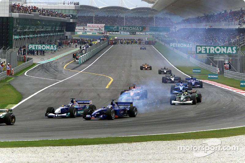 16 Mart 2001: Sıcak, Jetlag ve kavga...