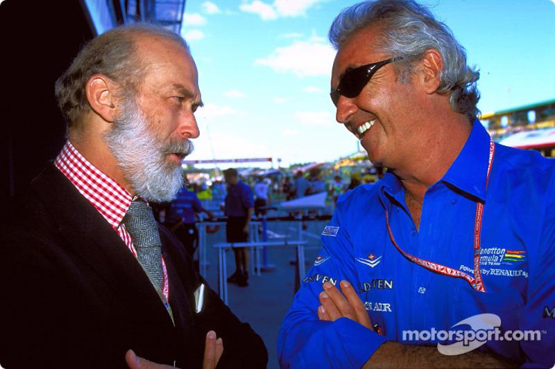 Flavio Briatore habla con el Príncipe Miguel de Kent