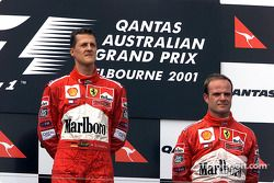 Michael Schumacher et Rubens Barrichello après une course tragique