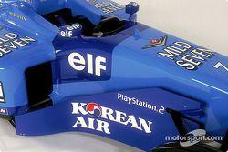 Benetton B206