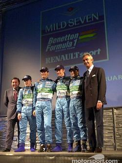 Patrick Faure, Fernando Alonso, Mark Webber, Jenson Button, Giancarlo Fisichella y Flavio Briatore p