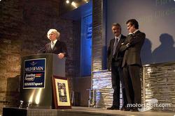 Luciano Benetton, Flavio Briatore y Alessandro Benetton presentan el nuevo B201