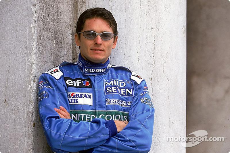 Giancarlo Fisichella au lancement de la B201