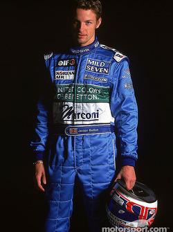 Jenson Button en el lanzamiento del B201