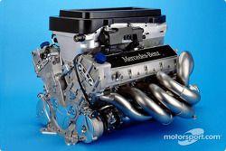 heart: Mercedes-Benz F0 110K V10