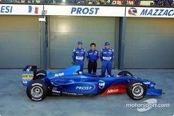 Jean Alesi, Alain Prost and Gaston Mazzacane with the AP04