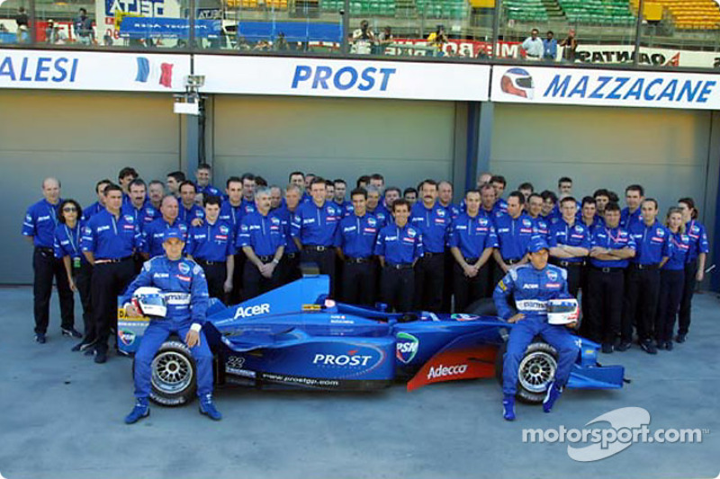 El equipo Prost Grand Prix con el AP04