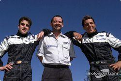 Fernando Alonso, su nuevo jefe Paul Stoddart y Tarso Marques