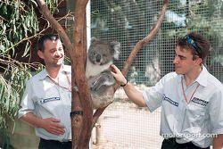 Carte postale d'Australie : Paul, un fan Minardi, et Fernando