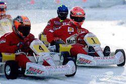 Max Biaggi compite contra Michael Schumacher