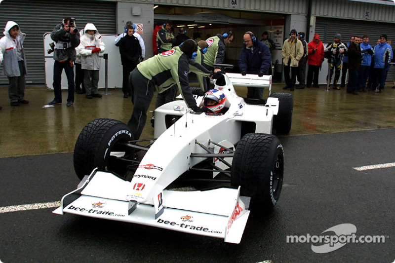 f1-bar-honda-003-test-session-2001-olivi