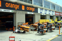 Arrows pit area